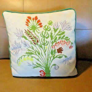 Vtg Needlepoint Flower Pillow Bouquet